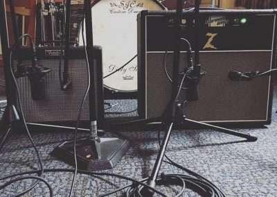 Dean-Cochran-Guitar-Rig-The-Heretics